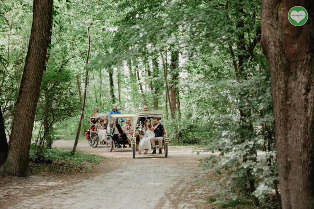 rikschaguide.com | Die Münchner Rikschafahrer/-innen | Beschauliche Hochzeitsfahrt durch den Englischen Garten